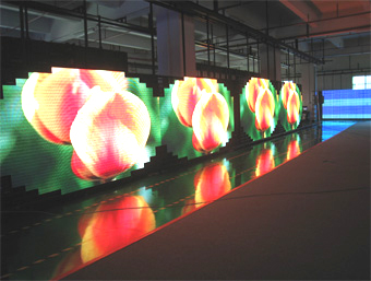 aging led display