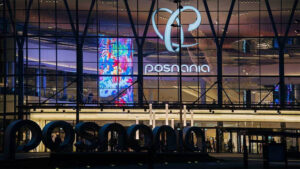 LED transparent display for shopping mall